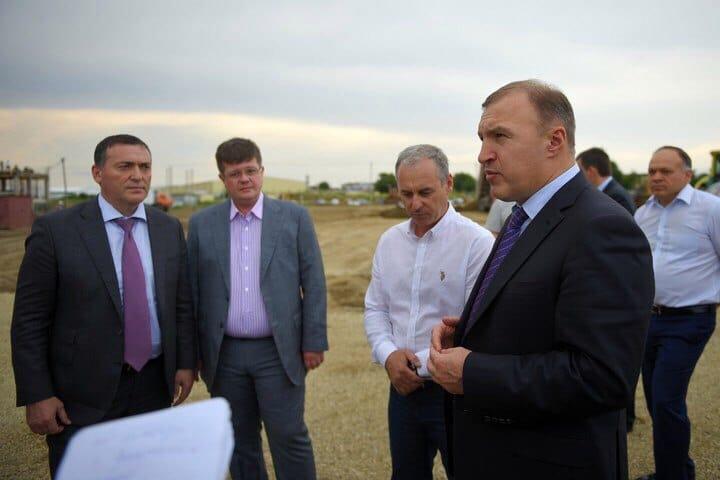 Новую школу в Яблоновском построят до 2017 года